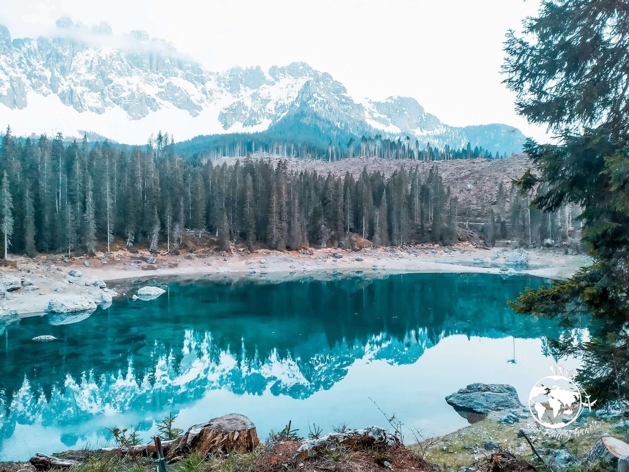 Lago di Carezza vu du lac